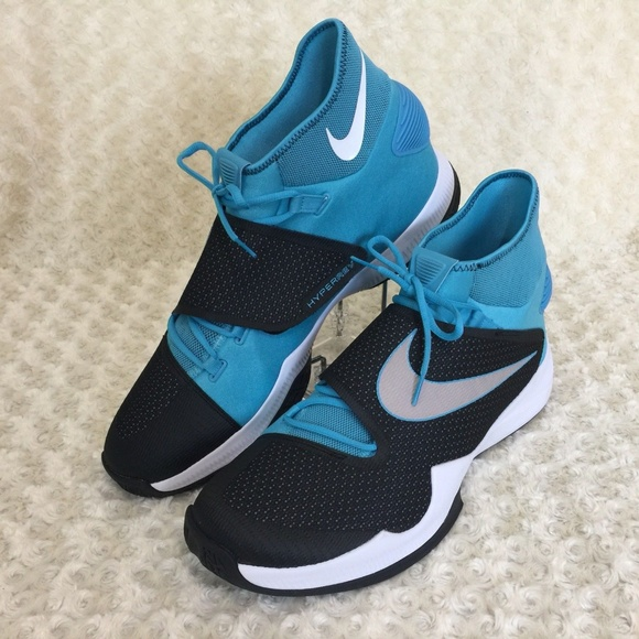 4aa92a3a7be0 Nike Zoom Hyperrev 2016 Athletic Basketball Shoes.  M 5aa618049a945576aff6047c